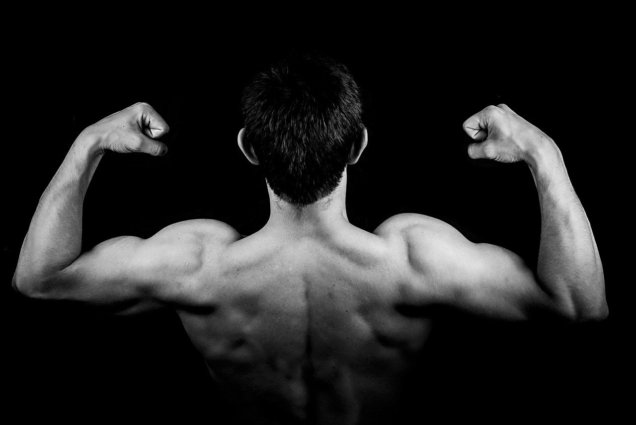 3 Tips to Getting Bigger and Stronger